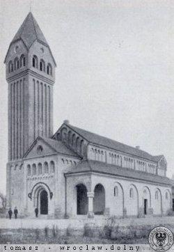 Widok Kościoła pw. Matki Boskiej Wspomożenia Wiernych w Księżu Małym, ufundowanego w roku 1909 przez hrabinę Eleonorę Stolberg zu Stolberg